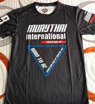 Camiseta born to be muay thai