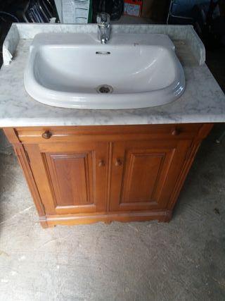 mueble de baño con lavabo, piedra de lavabo, grifo