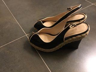 Preciosas sandalias gloria Ortiz ,