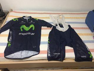 Maillot y culotte ciclismo movistar