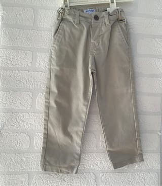 Pantalón niño Mayoral nuevo