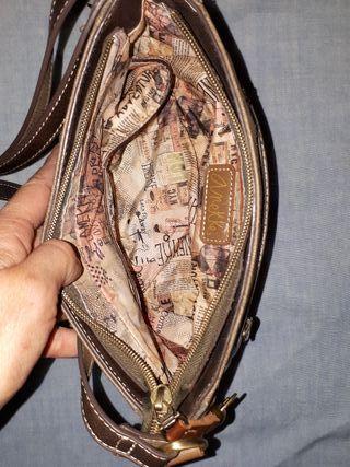 Bolso ANEKKE de segunda mano por 18 € en Toledo en WALLAPOP