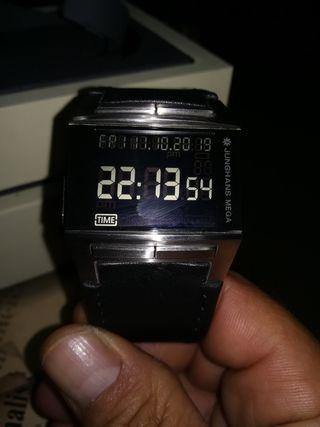 reloj junghans mega 1000 digital