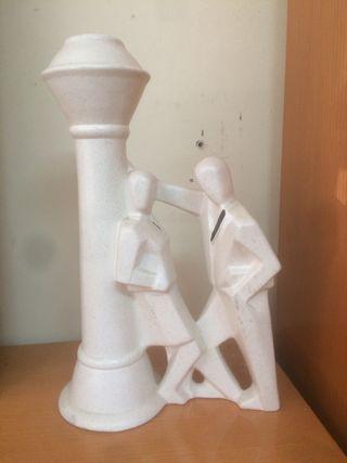 Figura blanca de pareja
