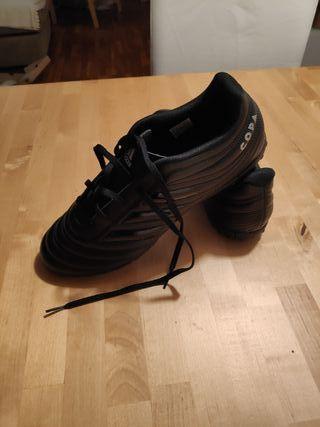 Botas de futbol multitaco negras adidas nuevas