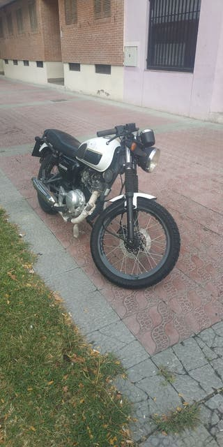 hanway raw café Racer 125cc