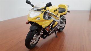 Suzuki GSX 600R