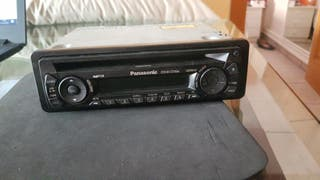 RADIO CD PANASONIC DE COCHE