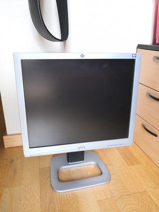 """Monitor LCD 19 """" HP"""