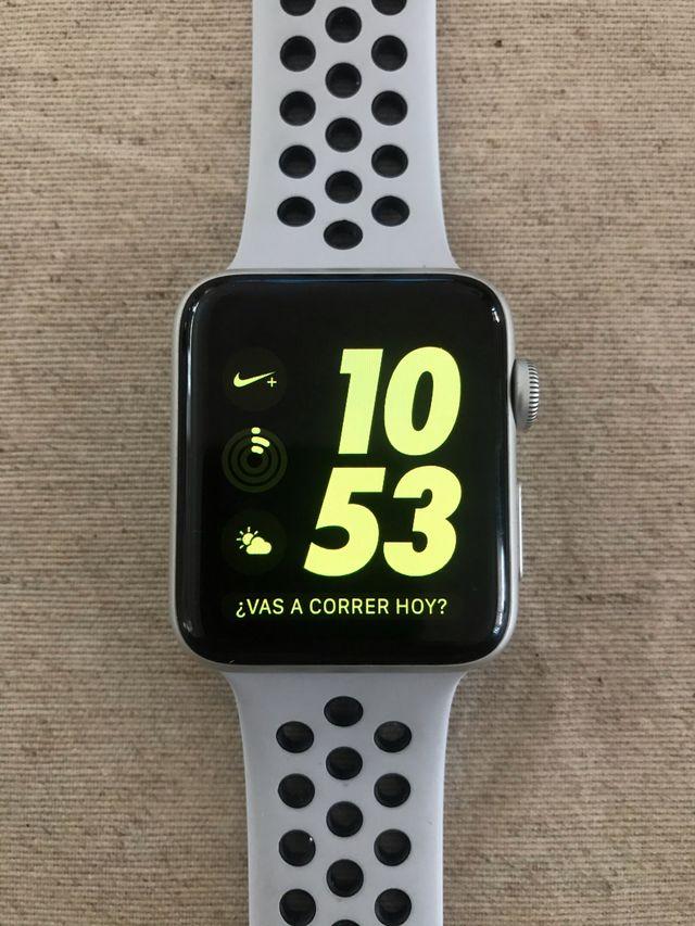 Apple Watch serie 3 42mm Nike Sport Band