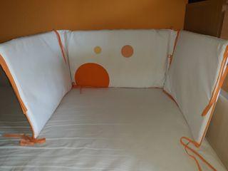 Conjunto: chichonera, edredón, sábana, funda almoh