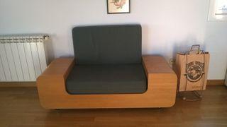 moble multifuncional.Llit,sofà,armari.