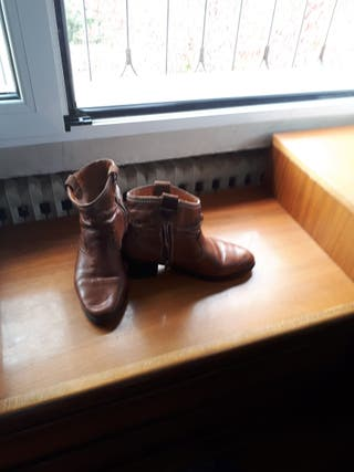Vendo botas de piel de poco uso taloa,39