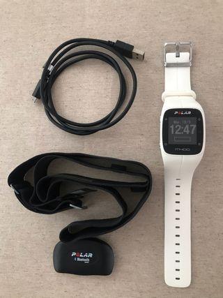 Polar M400 + Banda frecuencia cardiaca.