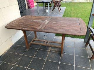 Mesa jardin y cuatro sillas