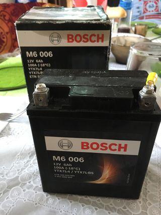 batería moto 6Ah bosch