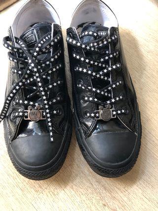 Zapatos Conversa & Miley Cyrus