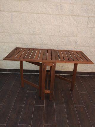 Mesa plegable jardín de Ikea applaro
