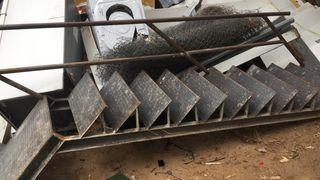 Escalera hierro exterior