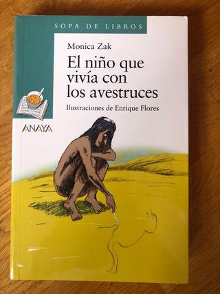 """Libro """"El niño que vivía con los avestruces"""""""