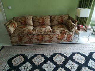sofá cama, cerrado de 3 plazas