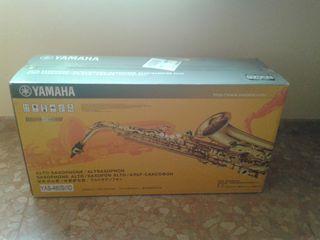 NUEVO. Saxo Alto Yamaha YAS - 480 S Plateado