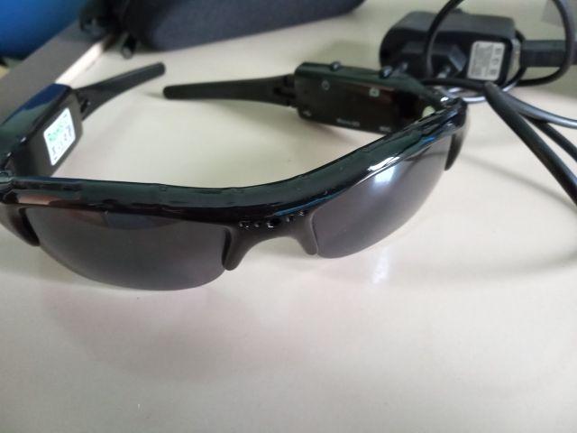 Gafas de sol con cámara frontal