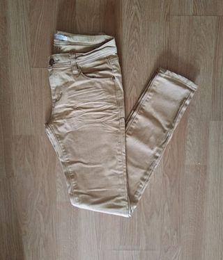 Pantalón claro
