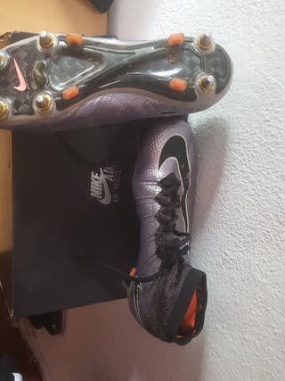 botas de fútbol césped natural