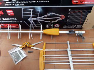 ANTENA UHF 17.50 dB . c/21-48