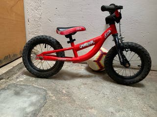 Bicicleta sin pedales. Conor Monster