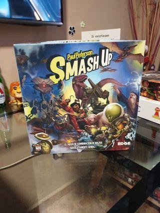 Juego de mesa: Smash up