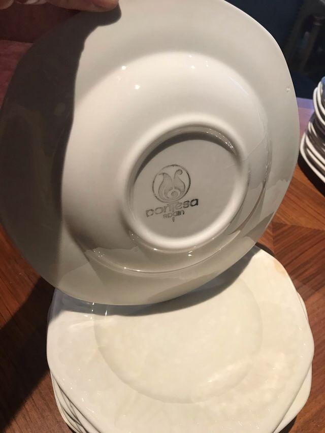 vajilla incompleta de porcelana PONTESA