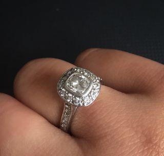 ELEGANT DIAMOND ENGAGEMENT RING set size m