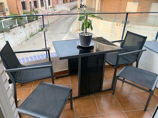 Conjunto mesa y sillas de jardín o terraza