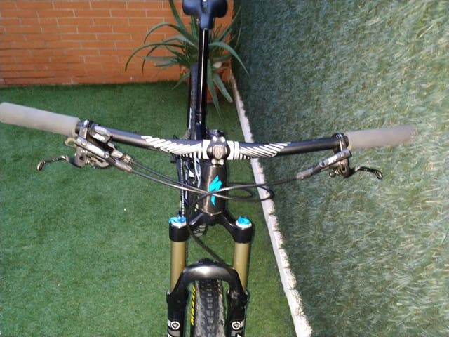 SPECIALIZED CAMBER COMP CARBÓN 2015