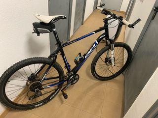 Bicicleta de montaña BH Peak