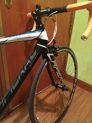 bicicleta de carretera lapierre xelius 200