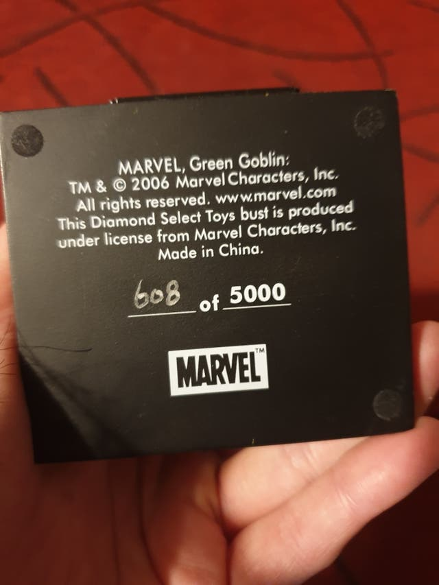 Busto Marvel