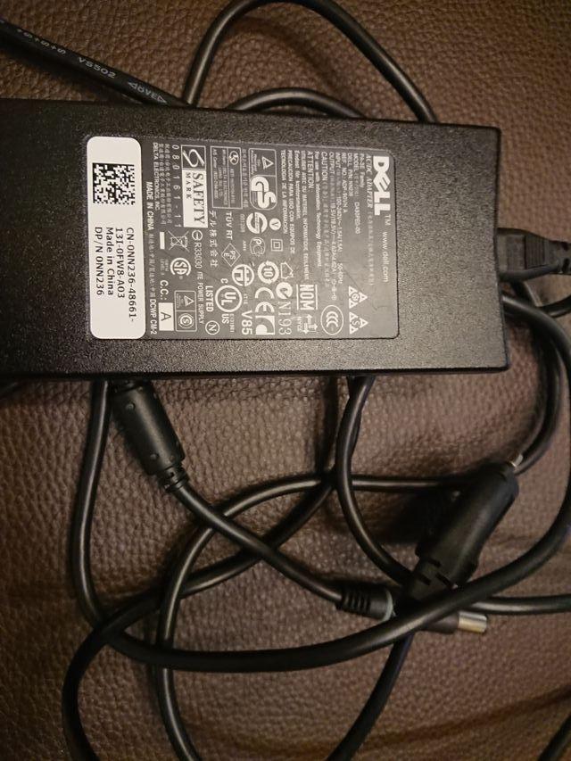 Cargador portátil Dell DA90PE0-00