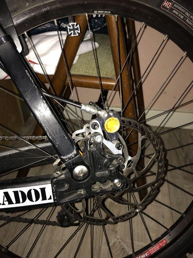 Bicicleta descenso bh banshee
