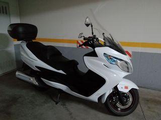 Suzuki Burgman400