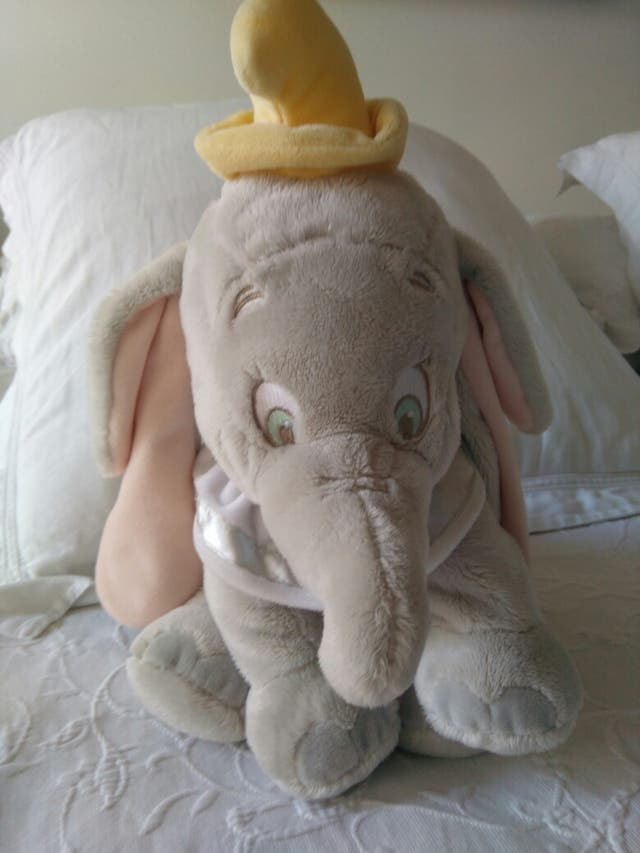 peluche Dumbo de Disney