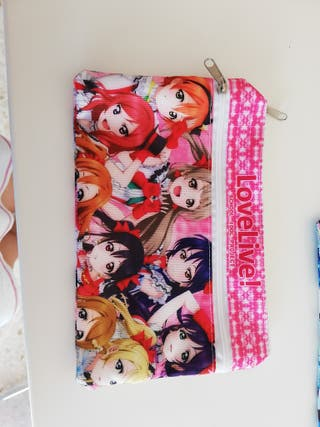 Pack de dos estuches de anime.
