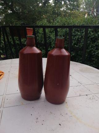 Botellas de barro