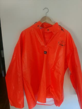 impermeable para barco helly hansen