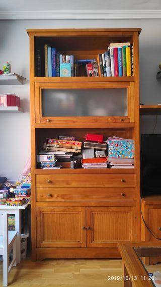 mueble salón de madera.