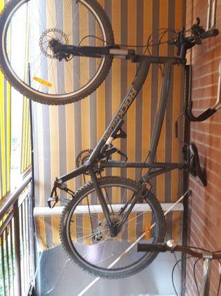 Bicicleta de montaña. Rockrider RR 5.2