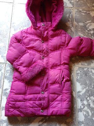 abrigo de niña fucsia