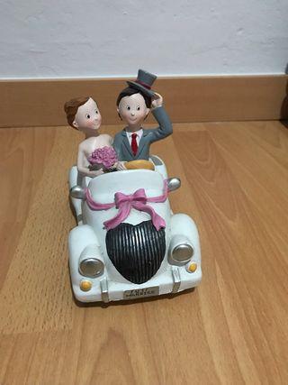Coche figura boda novios regalo